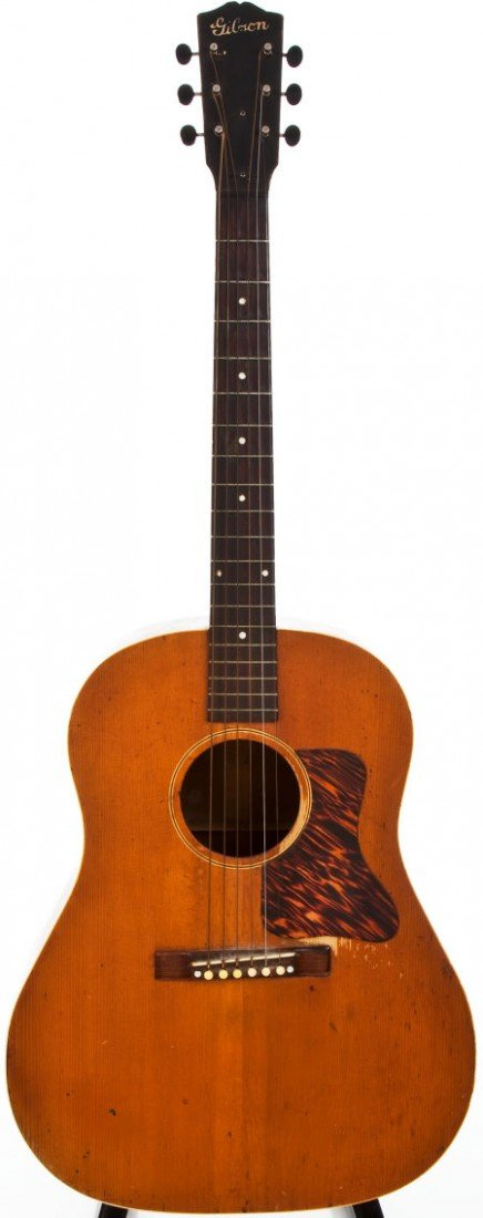 54021: Late 1930s Gibson J-35 Natural Acoustic Guitar,