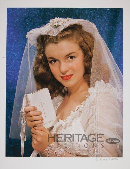 46008: Marilyn Monroe Wedding Dress Limited Edition Dig
