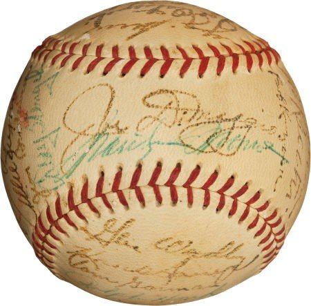 80015: 1952 New York Yankees Team Signed Baseball with