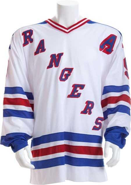 80101  1997-98 Wayne Gretzky Game Worn New York Rangers 682cfdbd607