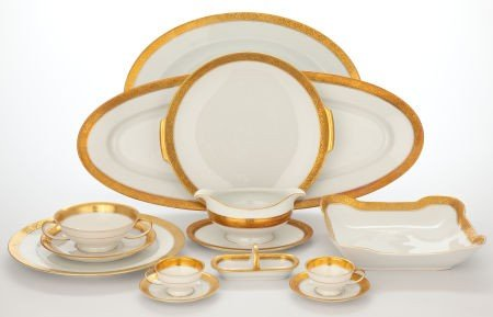 86502: EXTENSIVE ROSENTHAL PORCELAIN DINNERWARE SERVICE