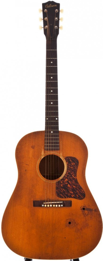 54021: 1941 Gibson J-35 Natural Acoustic Guitar, #5225G