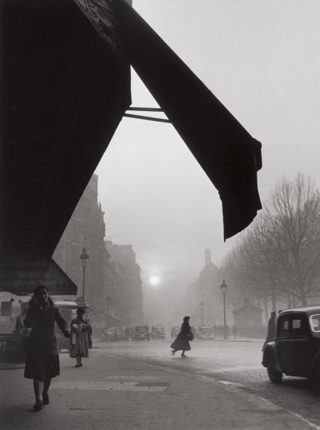 74016: WILLY RONIS (French, 1910-2009) Carrefour, Sèvre
