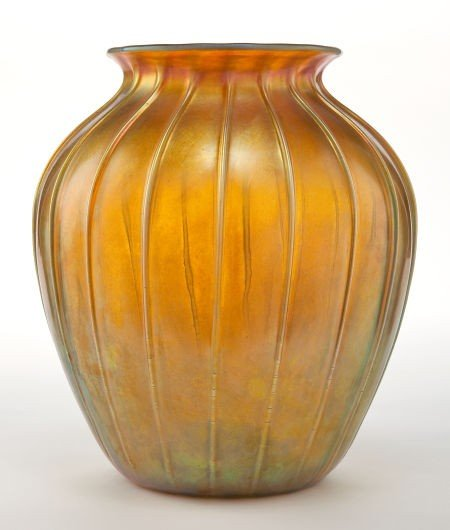 62016: TIFFANY STUDIOS FAVRILE GLASS VASE  Gold Favrile