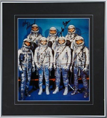 40003: Mercury Seven: Large Color Spacesuit Photo Signe
