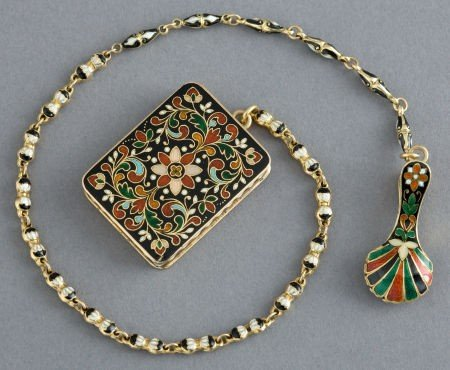 68033: A CONTINENTAL 18K GOLD AND ENAMEL VINAIGRETTE WI
