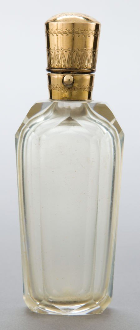 68041: A DUTCH ROCK CRYSTAL AND 10K GOLD PERFUME BOTTLE