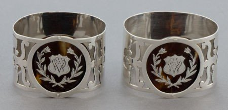68057: A CASED PAIR OF EDWARDIAN SILVER AND TORTOISE SH
