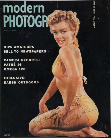 46003: A Marilyn Monroe Signed Color Magazine Cover, 19