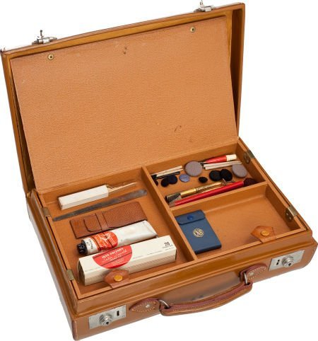 46014: A Greta Garbo Personally Owned Make-Up Case, Cir