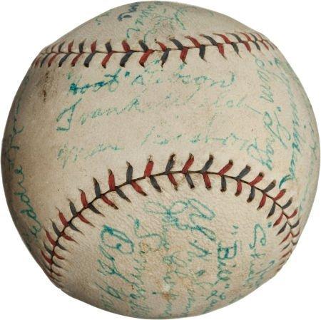 80936: 1924 Philadelphia Athletics Team Signed Baseball
