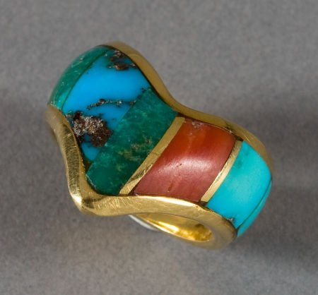 50020: A NAVAJO GOLD AND STONE RING Ben Nighthorse c. 1