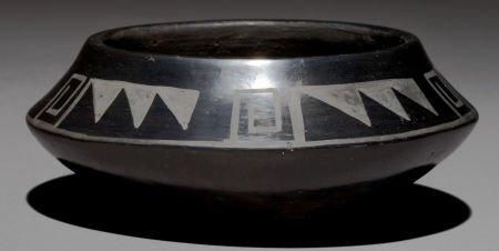 50049: A SAN ILDEFONSO BLACKWARE JAR Tonita Roybal c. 1