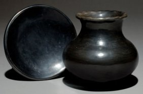 TWO SAN ILDEFONSO BLACKWARE ITEMS Maria Poveka C