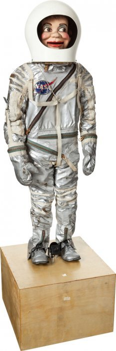 Russell Colley's Original Mercury Spacesuit Disp