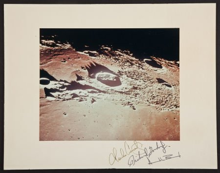 40131: Apollo 12 Color Photo on a Crew-Signed Mat.