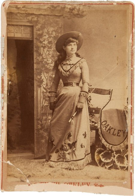 44002: Annie Oakley: An Early Cabinet Photo.
