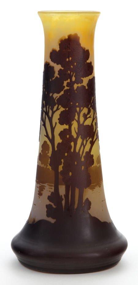 89002: A GALLÉ CAMEO GLASS VASE  Émile Gallé (French, 1