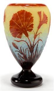 89093: A SCHNEIDER LE VERRE FRANCAIS GLASS ŒILLETS VASE