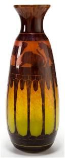 89071: A SCHNEIDER LE VERRE FRANCAIS GLASS CHATS VASE
