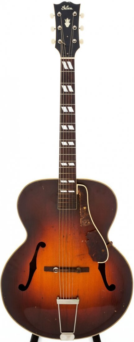 54010: 1947 Gibson L-7 Sunburst Acoustic Guitar, Serial