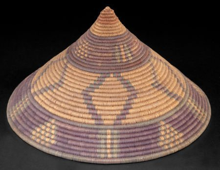 86515: A SOUTH AFRICAN WOVEN IMBENGE   Zulu, early 20th