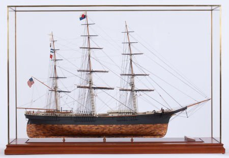 88010: SHIP MODEL OF 'FLYING FISH' American Marine and