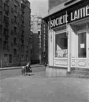 74082: ROBERT DOISNEAU (French, 1912-1994) Les Petits E