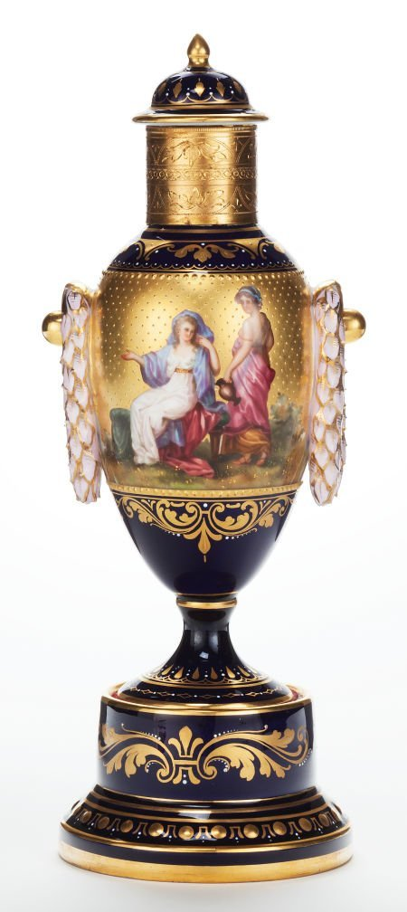 66015: A HUTSCHENREUTHER PORCELAIN COVERED URN PAINTED
