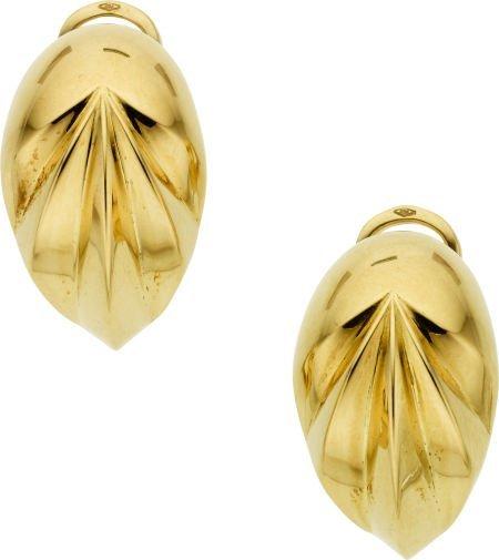 58005: Gold Earrings, Pomellato