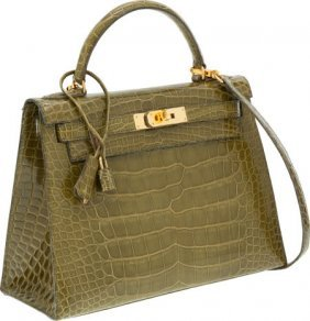 56006: Hermes 28cm Shiny Vert Chartreuse Alligator Sell