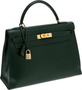 56010: Hermes 32cm Vert Fonce Calf Box Leather Sellier