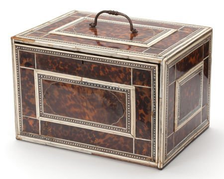 86001: AN INDO-PORTUGUESE ROSEWOOD, IVORY AND TORTOISES