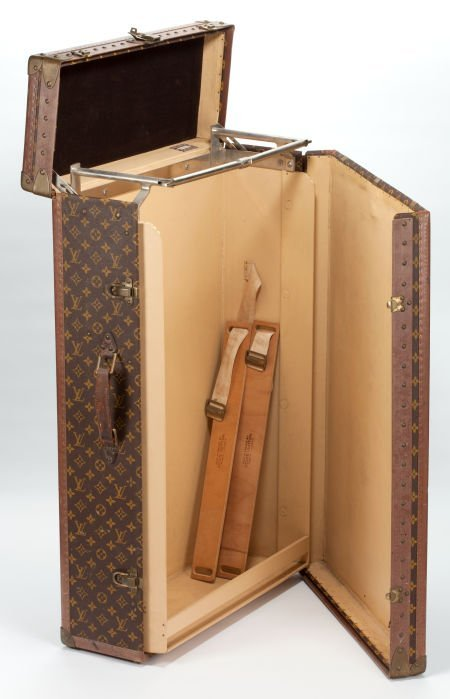 87019: LOUIS VUITTON TRUNK FROM THE ESTATE OF YVONNE CO
