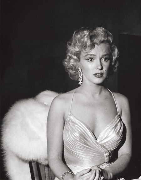 74010: PHIL STERN (American, b. 1919) Marilyn Monroe, a