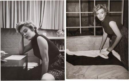 46009: A Marilyn Monroe Set of Rare Black and White Pub