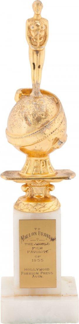 46015: A Marlon Brando Golden Globe Award for 'World Fi