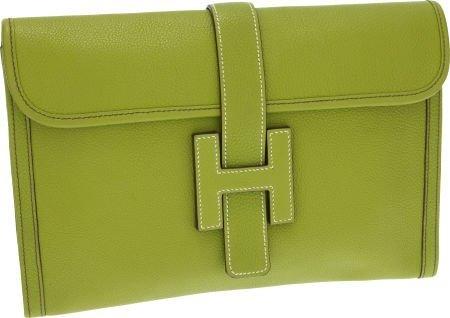 56017: Hermes Vert Anis Togo Leather Jige MM H Clutch