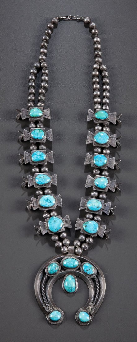 54009: A NAVAJO SILVER AND TURQUOISE SQUASH BLOSSOM NEC