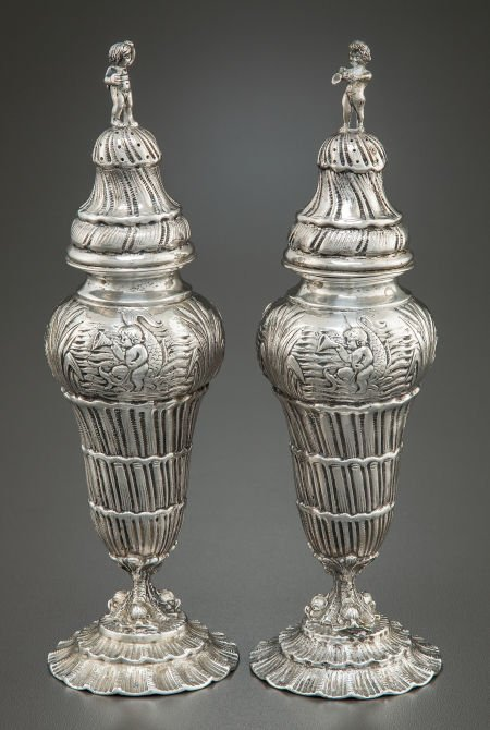 68022: A PAIR OF HANAU SILVER SALT AND PEPPER SHAKERS