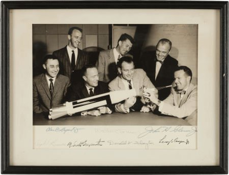 40007: Mercury Seven Astronauts: Photo Signed by All.