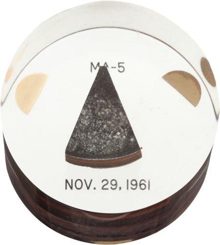 40021: Mercury-Atlas 5 Flown Heat Shield Plug in Lucite
