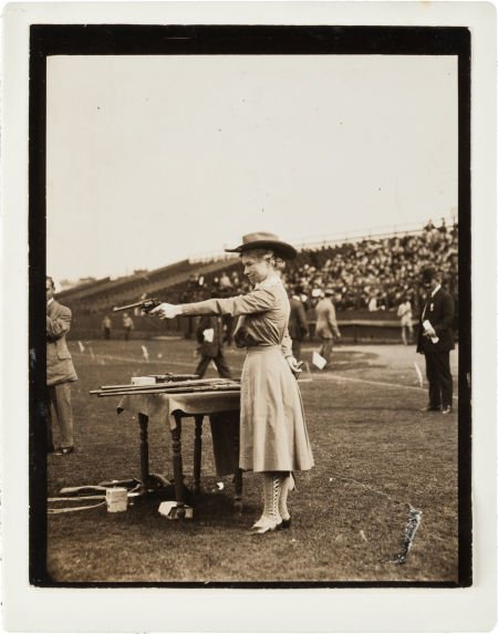 44012: Annie Oakley:  Remarkable Candid Photo, Probably