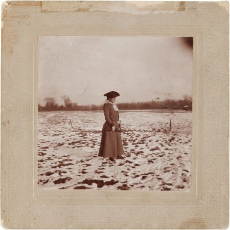 44013: Annie Oakley: Another Remarkable Real-Life Candi