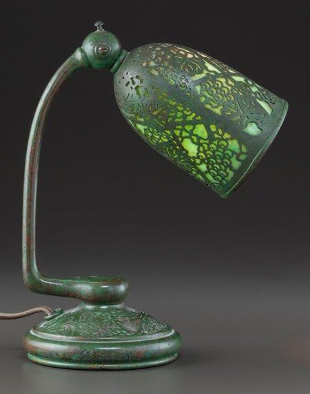 89012: RARE TIFFANY STUDIOS GLASS AND BRONZE GRAPEVINE