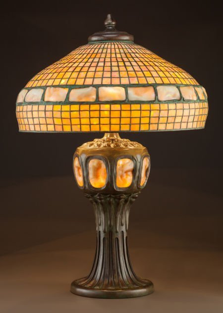 89039: IMPORTANT TIFFANY STUDIOS LEADED GLASS AND BRONZ