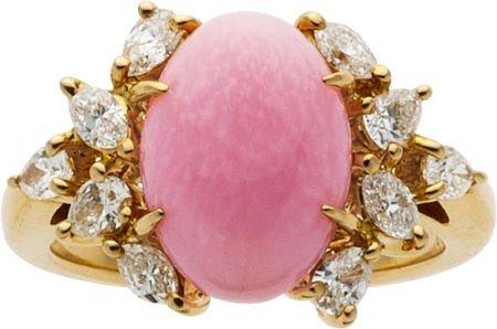 58006: Conch Pearl, Diamond, Gold Ring, Mikimoto