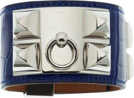 56015: Hermes Shiny Blue Electric Alligator Collier de