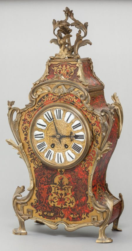62004: A LOUIS XIV-STYLE FRENCH BOULLE CLOCK WITH GILT