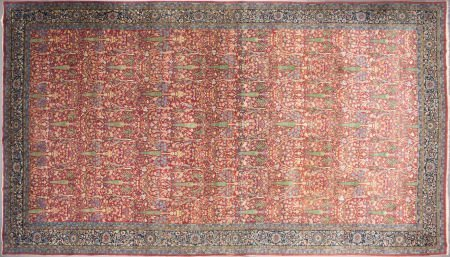 62555: A PERSIAN WOOL KNOTTED CARPET 20th century 24 fe